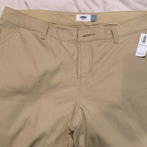 Old Navy Khaki Shorts - 14 - NWT